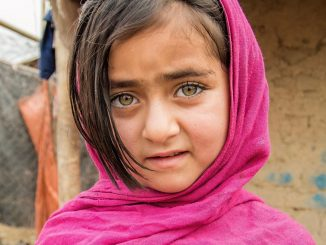 Faroza Afghan girl
